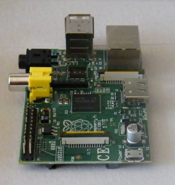Raspberry%20Pi%20rotated%20270%20degrees%20showing%20usb%20power%20interface